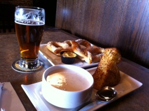 Pretzels, beer & clam chowder at Hops